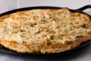 Chicken Pizza with White Sauce2__No Sugarless Gum