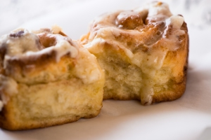 The Best Cinnamon Rolls3__No Sugarless Gum