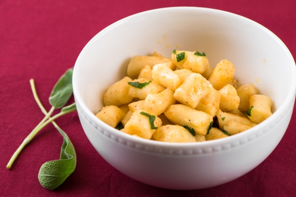 Potato Gnocchi with Sage-Butter Sauce2__No Sugarless Gum